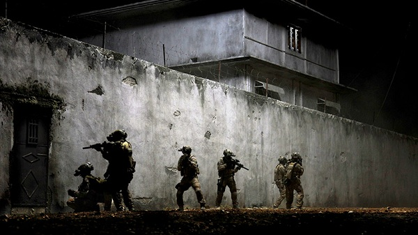 Zero-Dark-Thirty-2012-Movie-Picture-01