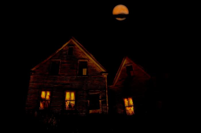 abandoned-house-at-night-under-full-john-sylvester