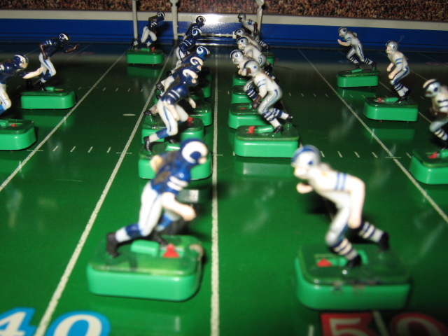 TEMPLATE tudor electric football 650 dal la teams 1 1972 EX