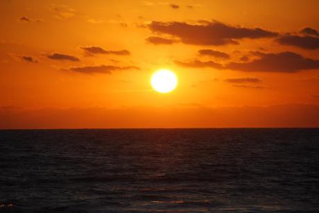 ocean-sunrise-tony-laubach